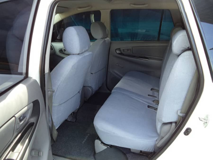2009 Toyota Innova J - Interior Rear View
