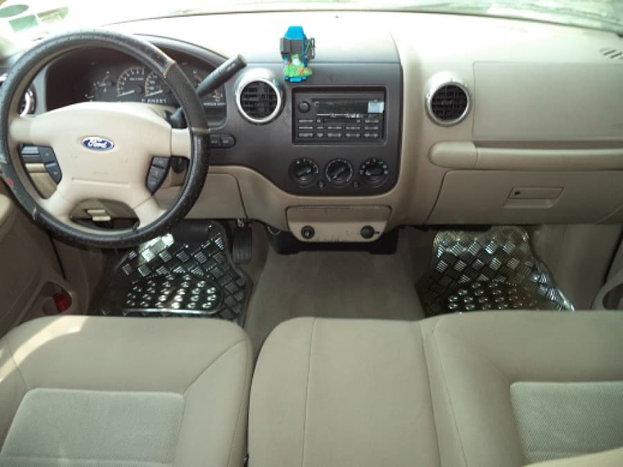 Ford Expedition 2004 Automobilico