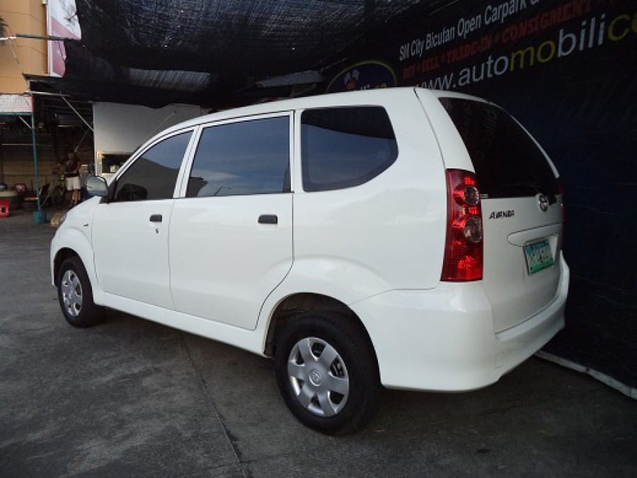 2009 Toyota Avanza - Rear View