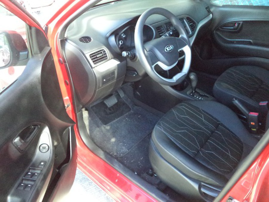 2014 Kia Picanto - Interior Front View