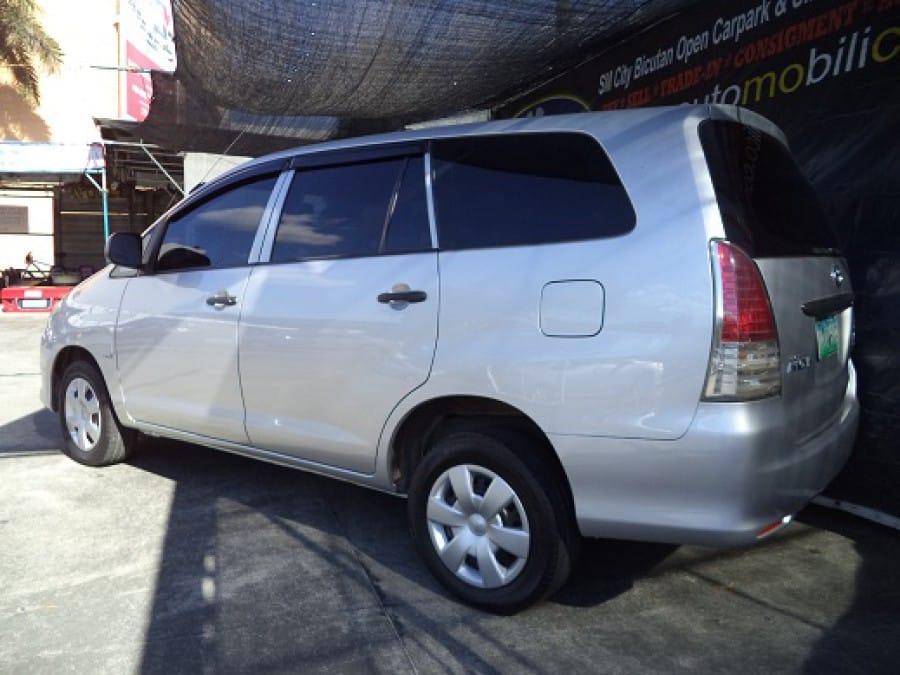 2011 Toyota Innova J - Rear View
