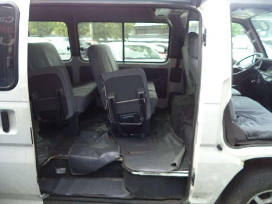 2014 Nissan Urvan - Interior Rear View