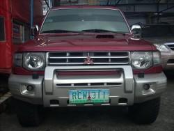 2005 Mitsubishi Pajero - Front View