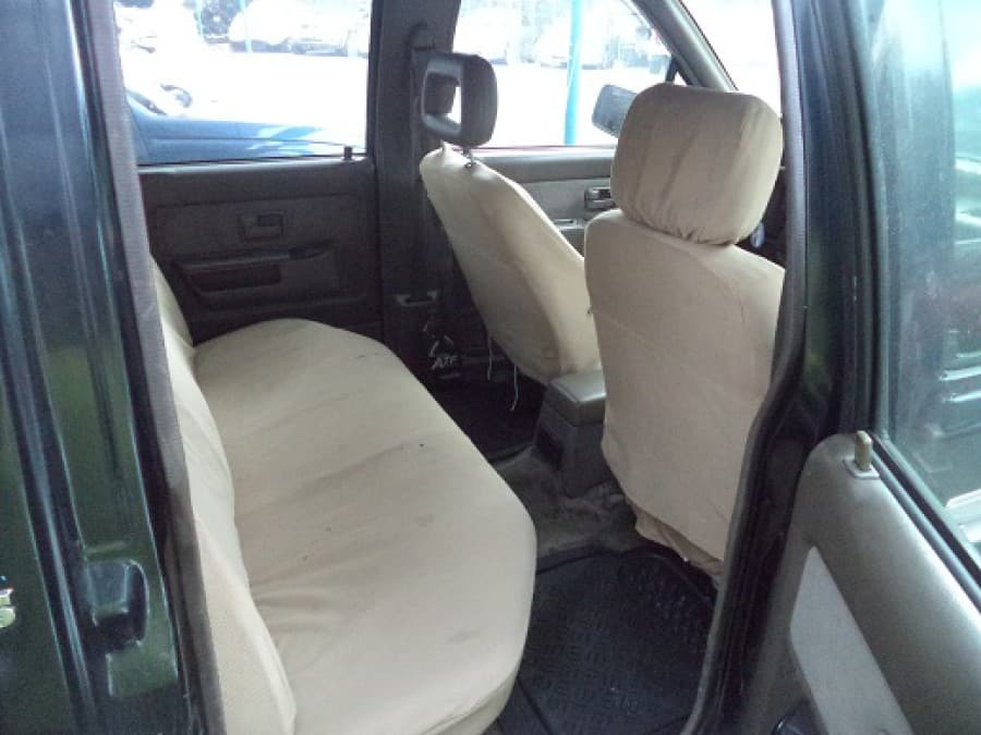 1996 Isuzu Pickup - Interior Rear View