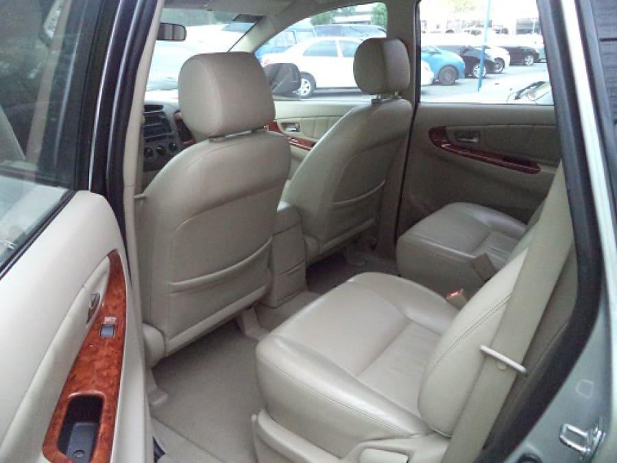2007 Toyota Innova V - Interior Rear View