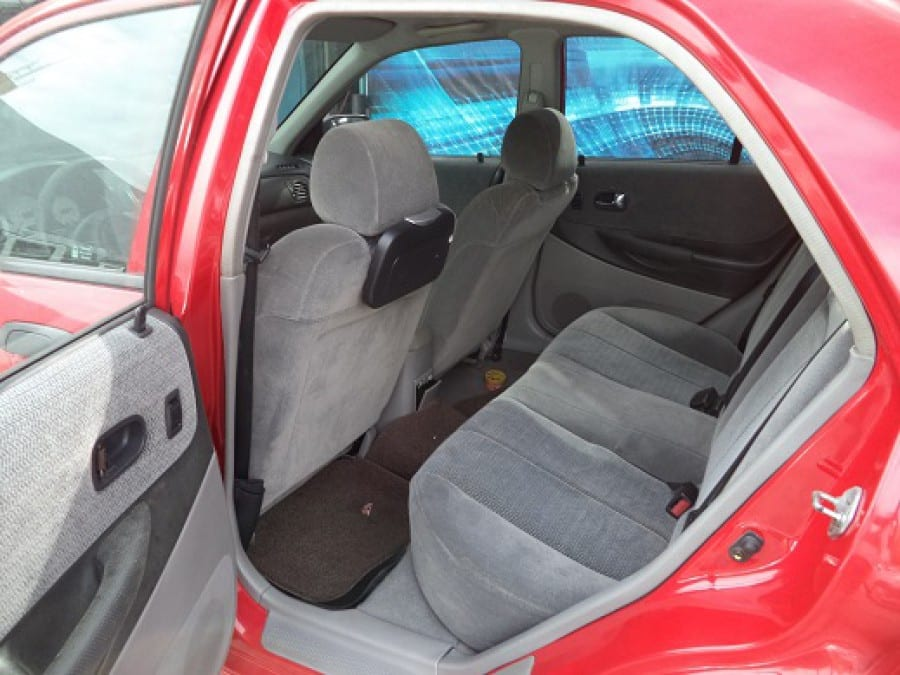 2004 Ford Lynx - Interior Rear View