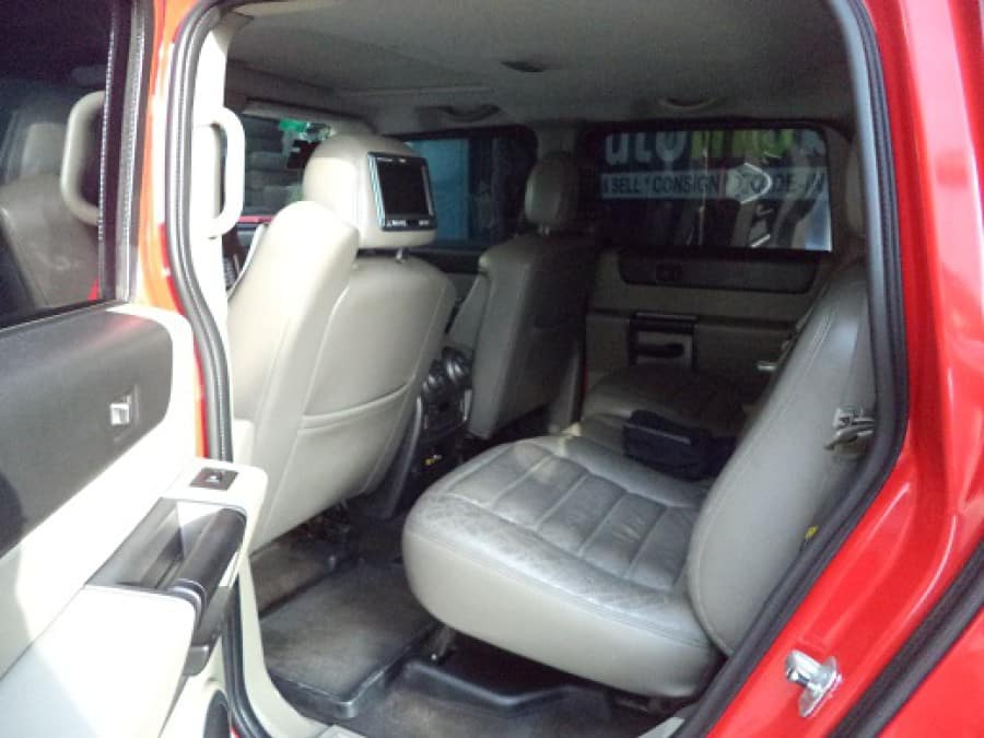 2004 Hummer H2 - Interior Rear View