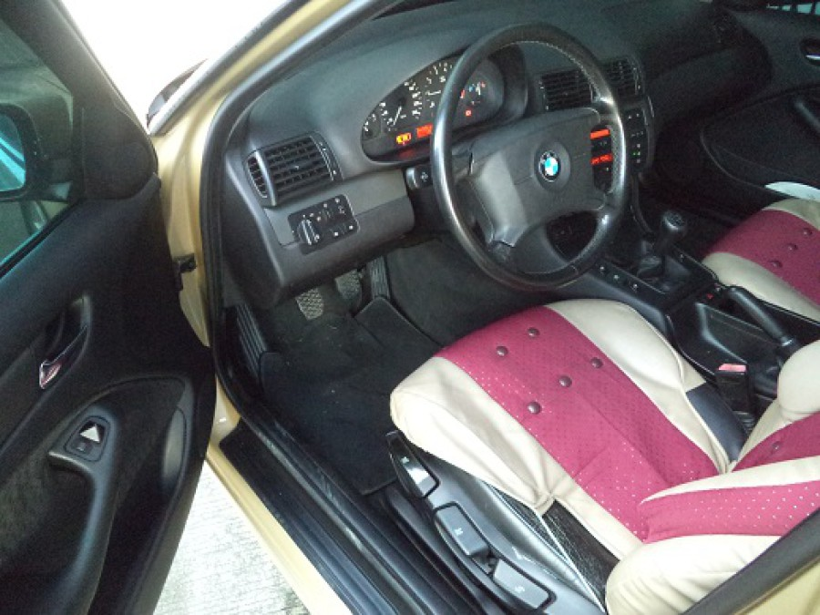 2000 BMW 316i - Interior Front View