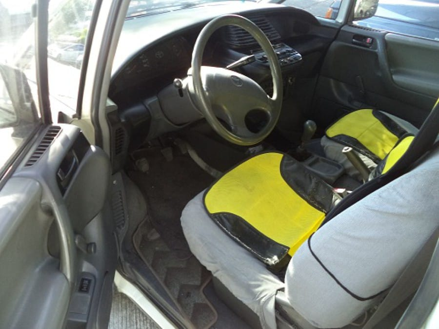 1994 Toyota Previa - Interior Front View