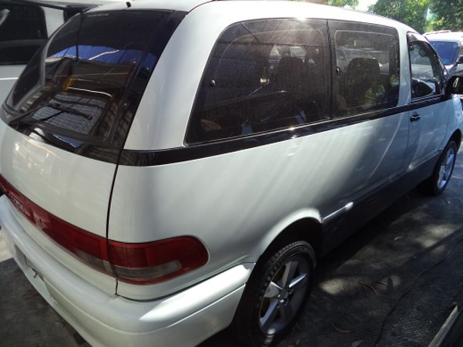 1994 Toyota Previa - Rear View