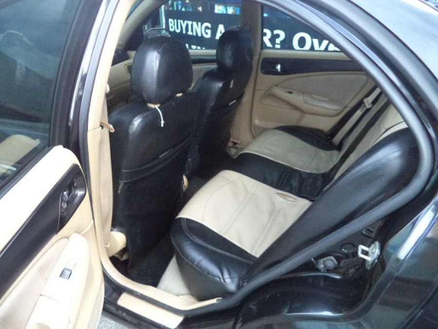 2004 Nissan Sentra - Interior Rear View