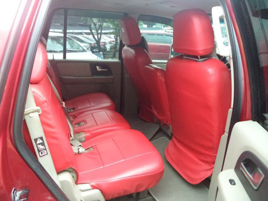 2003 Ford Expedition - Interior Rear View