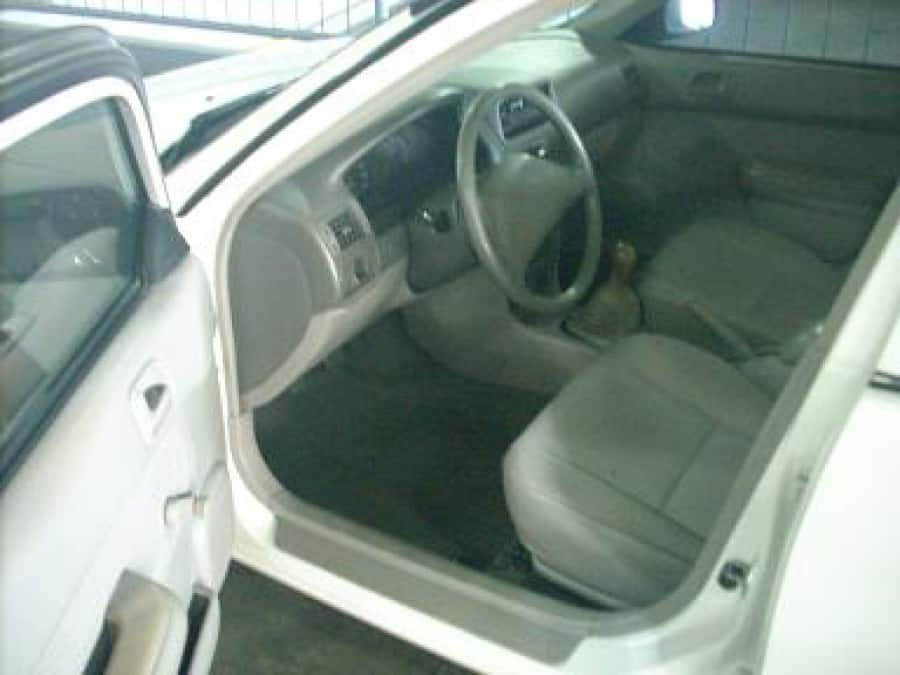 2004 Toyota Corolla - Interior Front View