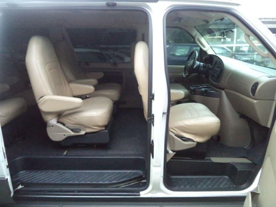 2007 Ford E-150 - Interior Rear View