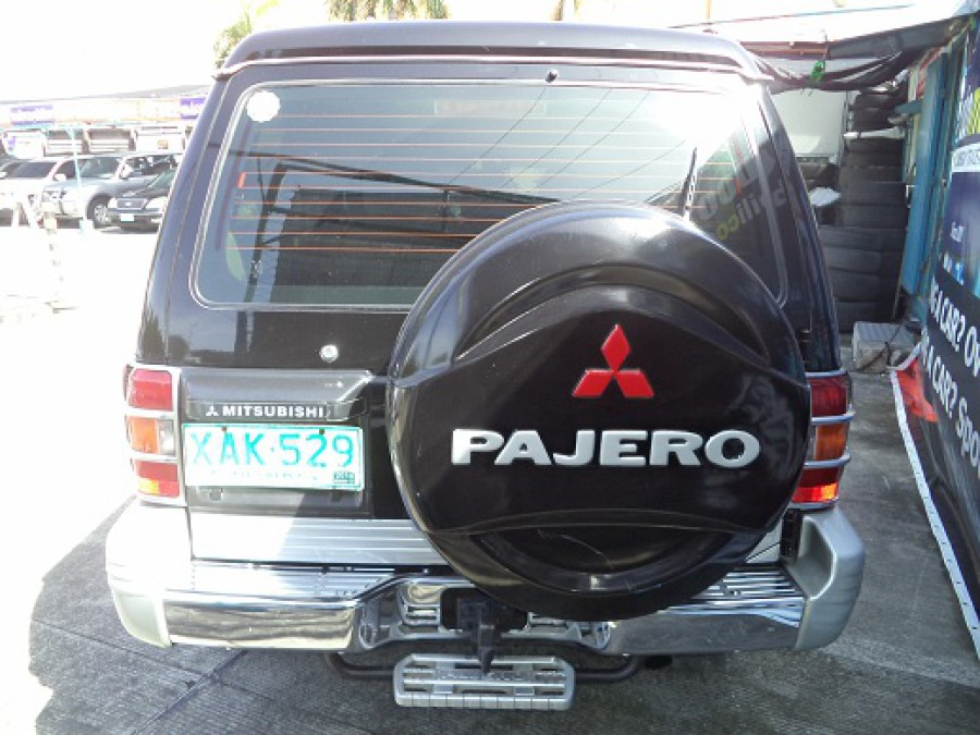 2001 Mitsubishi Pajero - Rear View