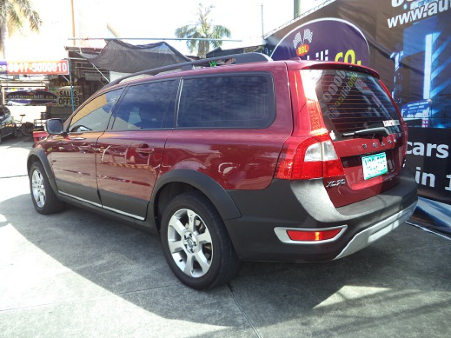 2010 Volvo XC70 - Rear View
