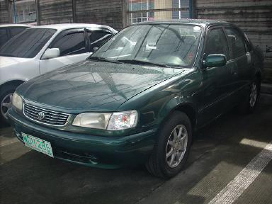 1998 Toyota Corolla - Front View