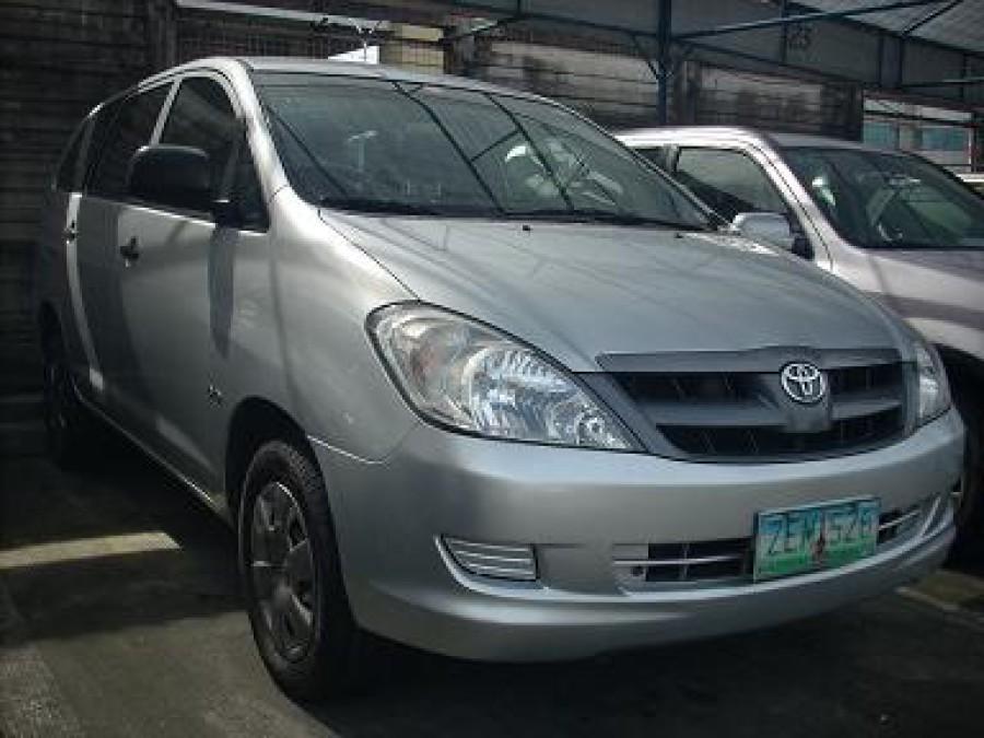 2006 Toyota Innova J - Front View