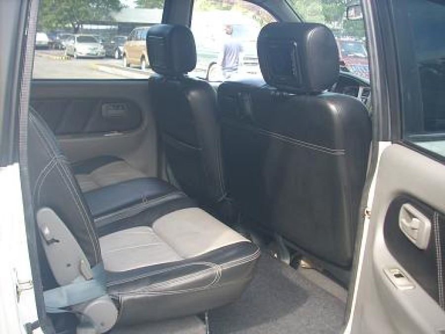 2004 Isuzu Crosswind - Interior Rear View