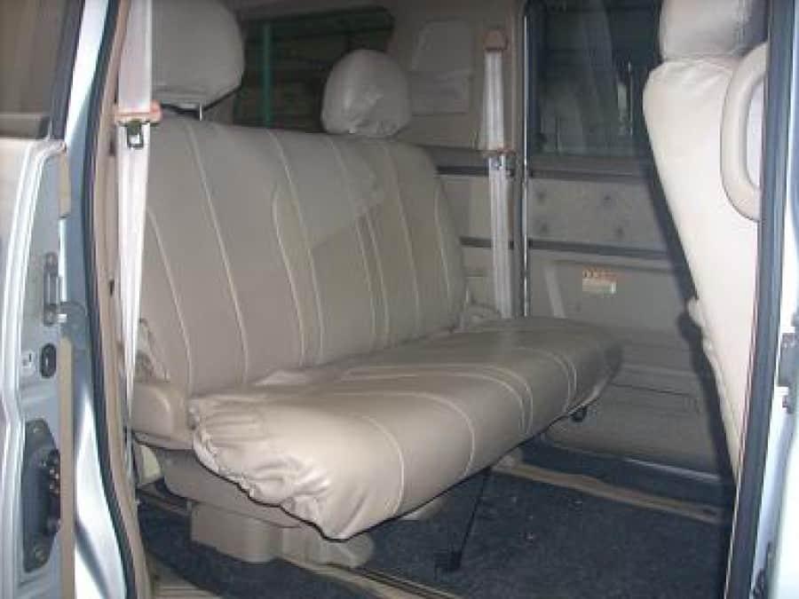 2002 Nissan Serena - Interior Rear View
