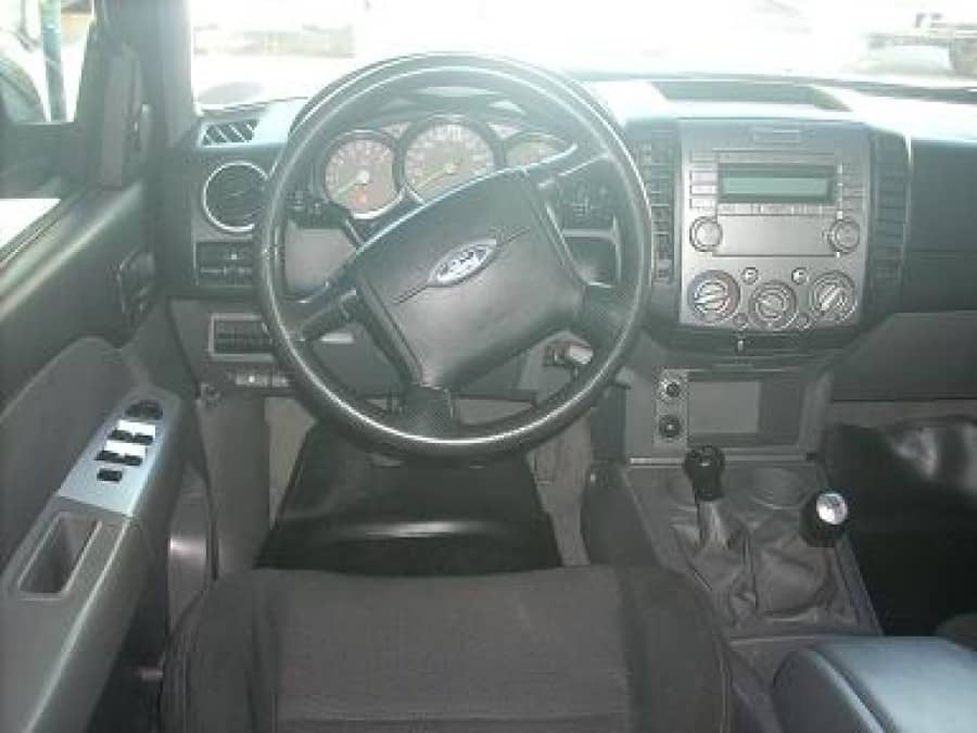 2009 Ford Ranger - Interior Front View