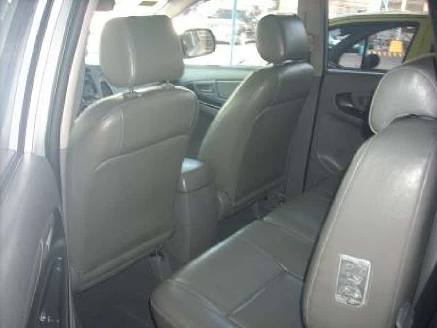 2006 Toyota Innova J - Interior Rear View