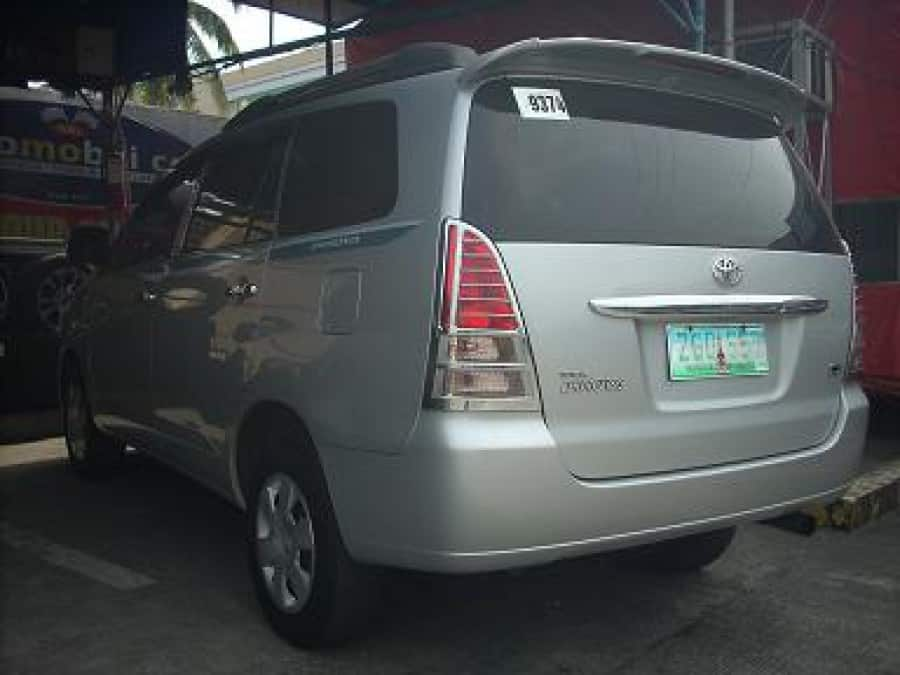 2006 Toyota Innova J - Rear View