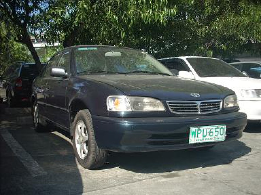 2001 Toyota Corolla - Front View