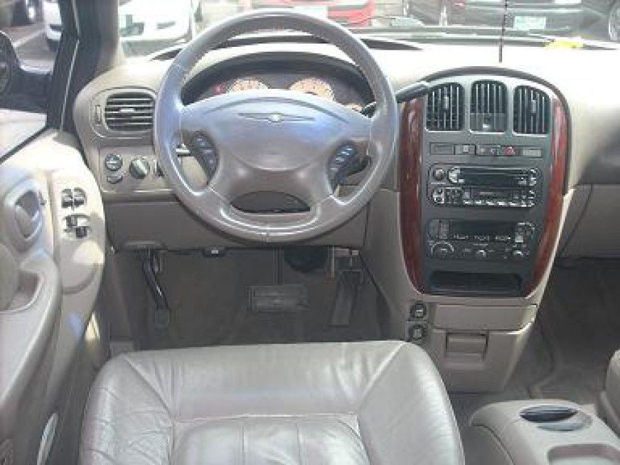 2002 Chrysler Town & Country - Interior Front View