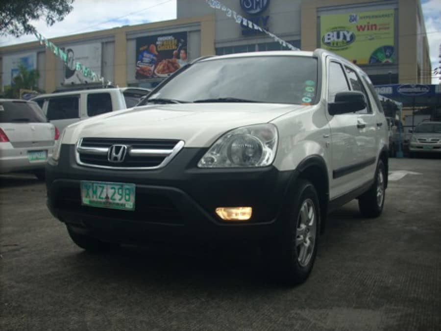 2003 Honda CR-V - Front View