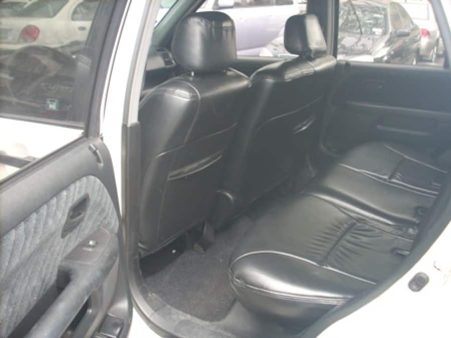 2003 Honda CR-V - Interior Rear View