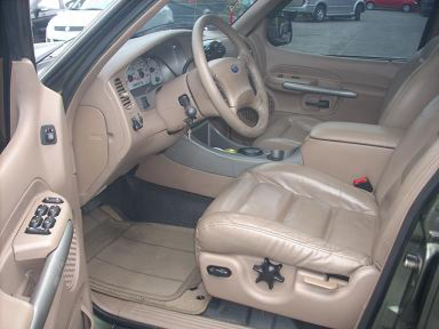 2001 Ford Explorer Sport Trac - Interior Front View