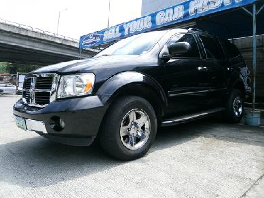 2008 Dodge Durango - Front View