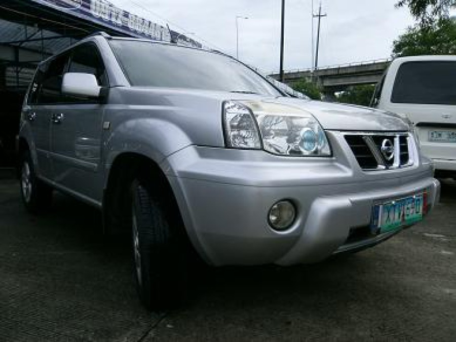 2005 Nissan X-Trail - Front View
