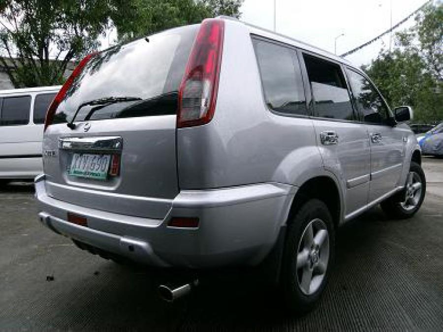 2005 Nissan X-Trail - Rear View