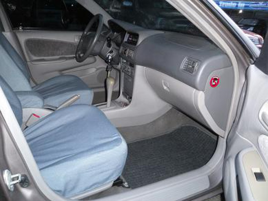 1999 Toyota Corolla - Interior Front View