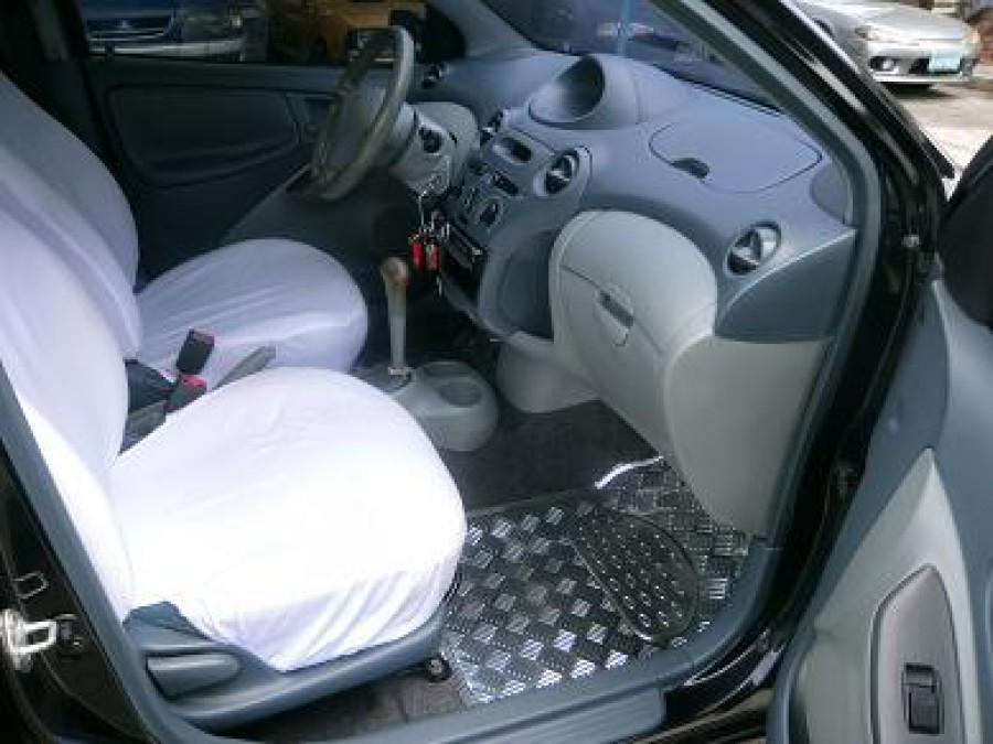 2000 Toyota Echo - Interior Front View