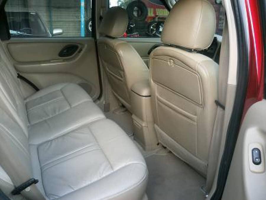 2006 Ford Escape - Interior Rear View