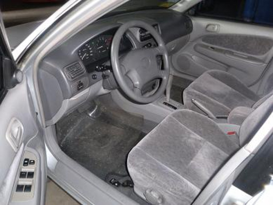 1998 Toyota Corolla - Interior Front View