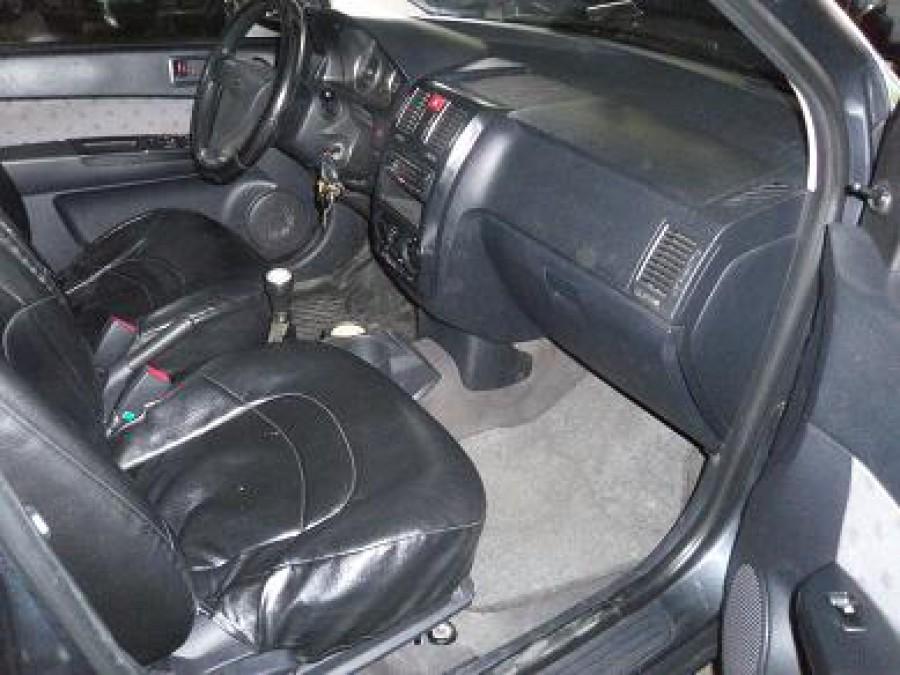 2005 Hyundai Getz - Interior Front View