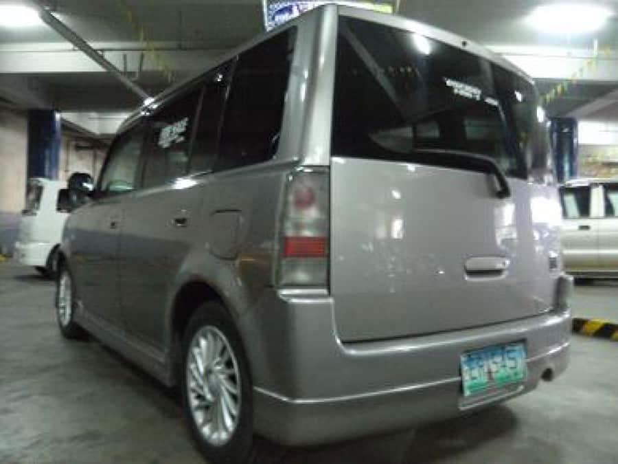 2001 Toyota Avalon - Rear View