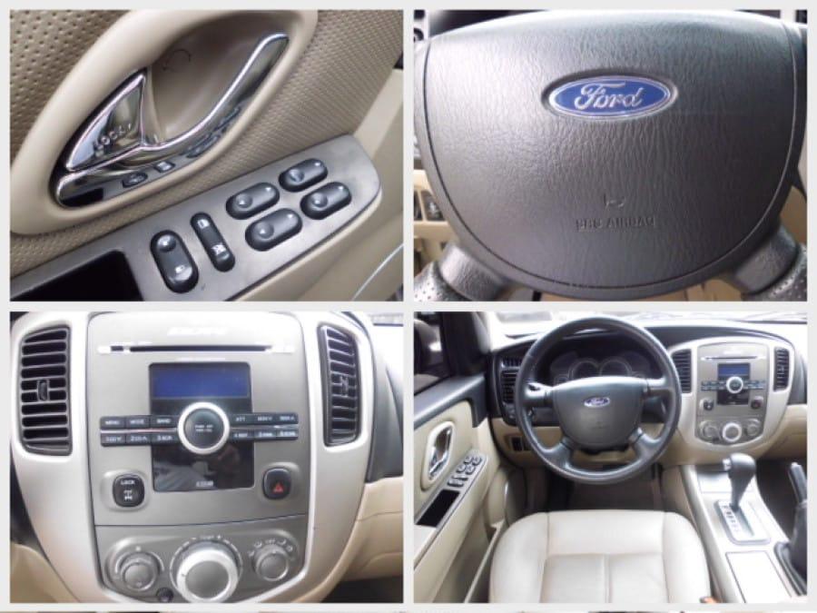 2007 Ford Escape - Interior Rear View