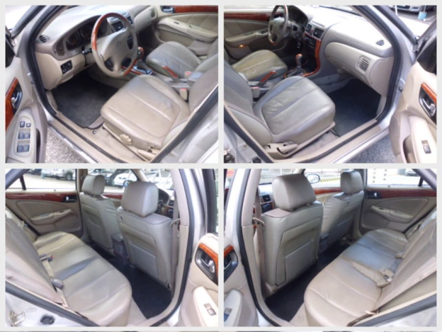 2001 Nissan Sentra - Interior Front View