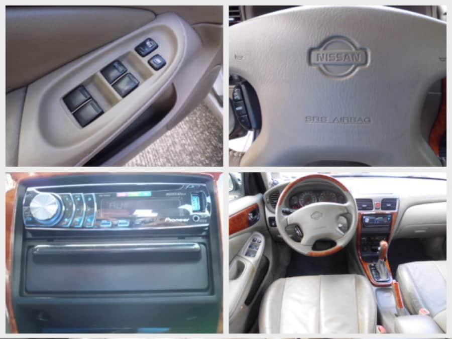 2001 Nissan Sentra - Interior Rear View