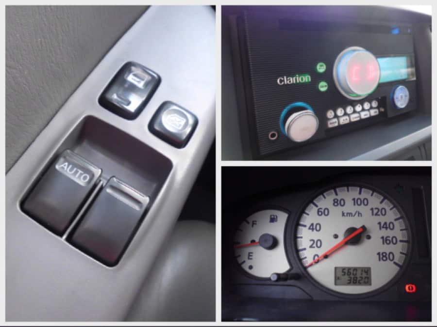 2008 Nissan Urvan - Interior Rear View