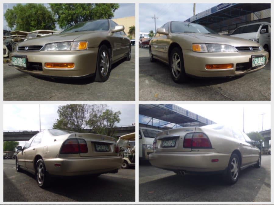 1996 Honda Accord - Front View