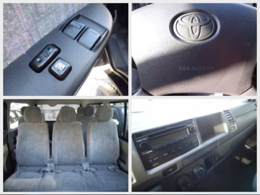 2007 Toyota HiAce - Interior Rear View