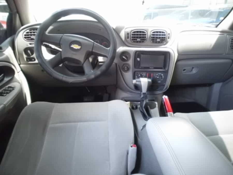 2005 Chevrolet Trailblazer - Interior Front View