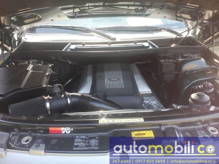 2004 Land Rover Range Rover - Interior Rear View
