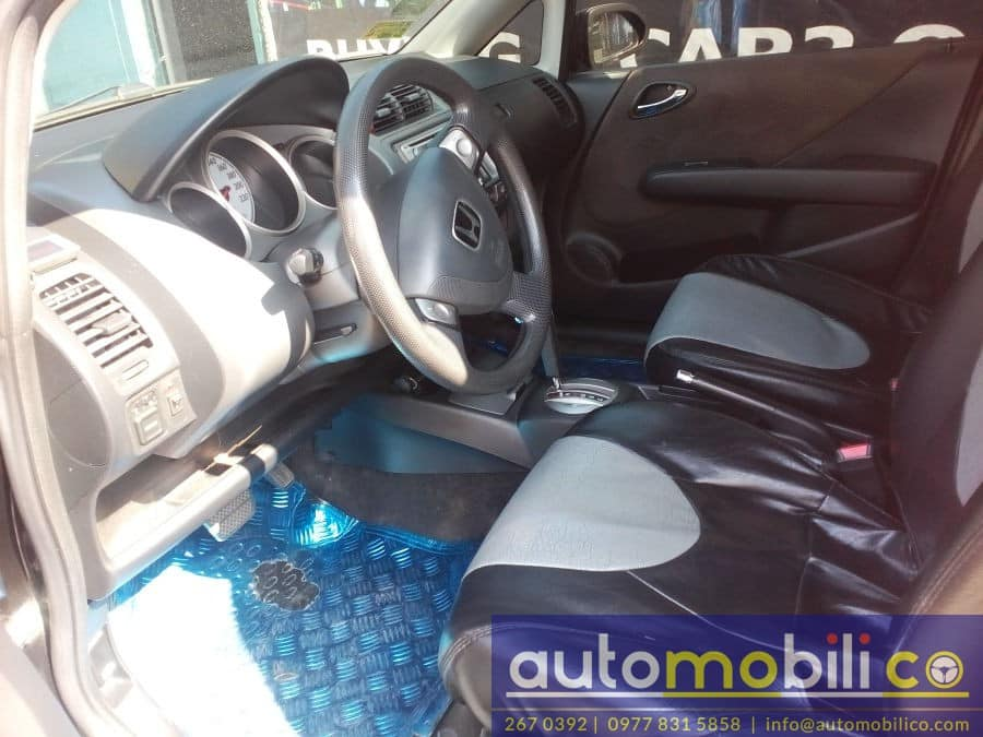 2006 Honda Jazz - Interior Front View